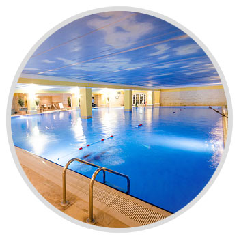 Swimming Pool, Sauna, Steam Room